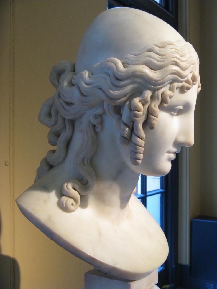 Antonio_Canova-Helen_of_Troy-Victoria_and_Albert_Museum