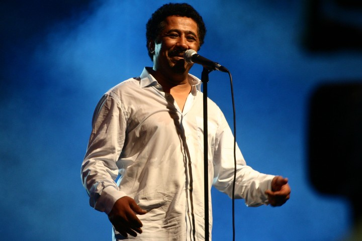 Cheb_Khaled_performed_in_Oran_on_July_5th_2011