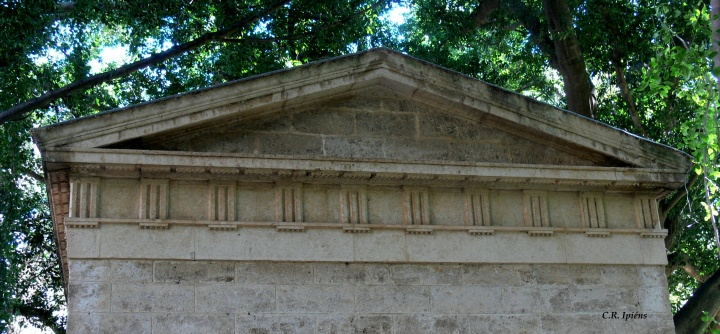 Trasera Museo Loringiano