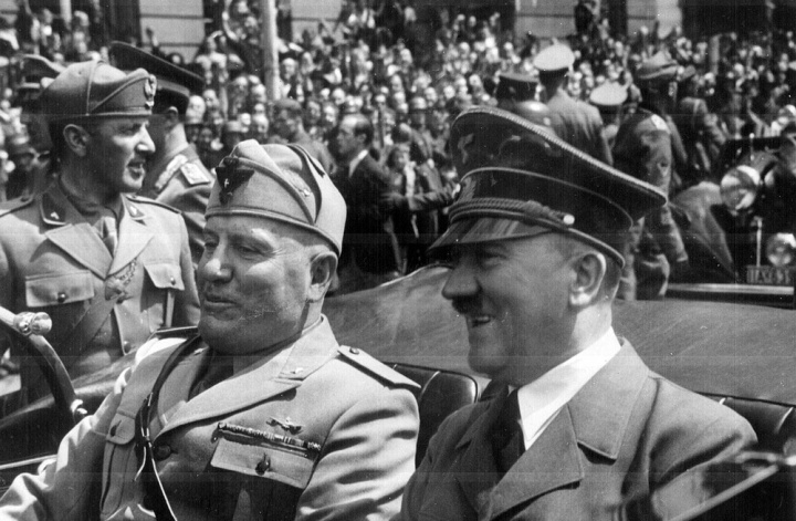 Hitler/Mussolini