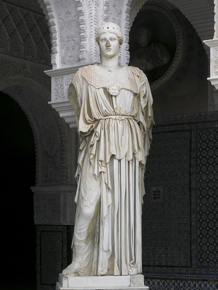 """""""Pallas Pacifera"""" del patio principal, la única copia del tipo """"Athena Medici"""" que se conserva junto con su cabeza. Casa de Pilatos, Sevilla."""