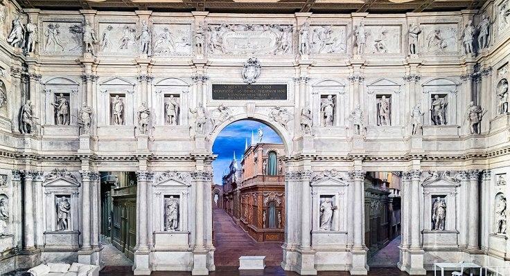 1280px-Interior_of_Teatro_Olimpico_(Vicenza)