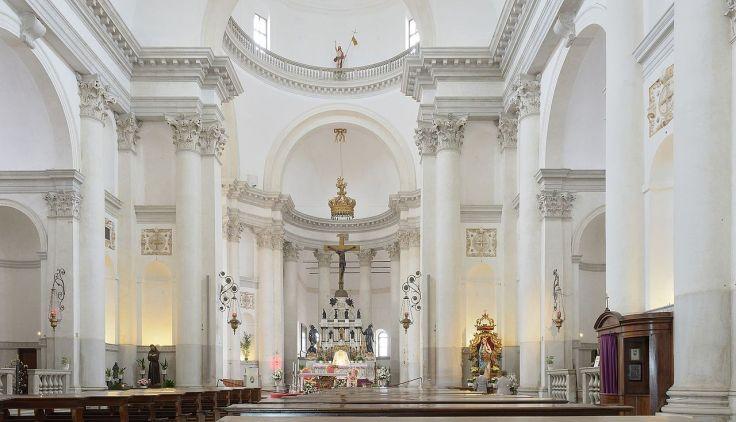 Chiesa_del_Redentore_interno_con_altare_isola_Giudecca_Venezia