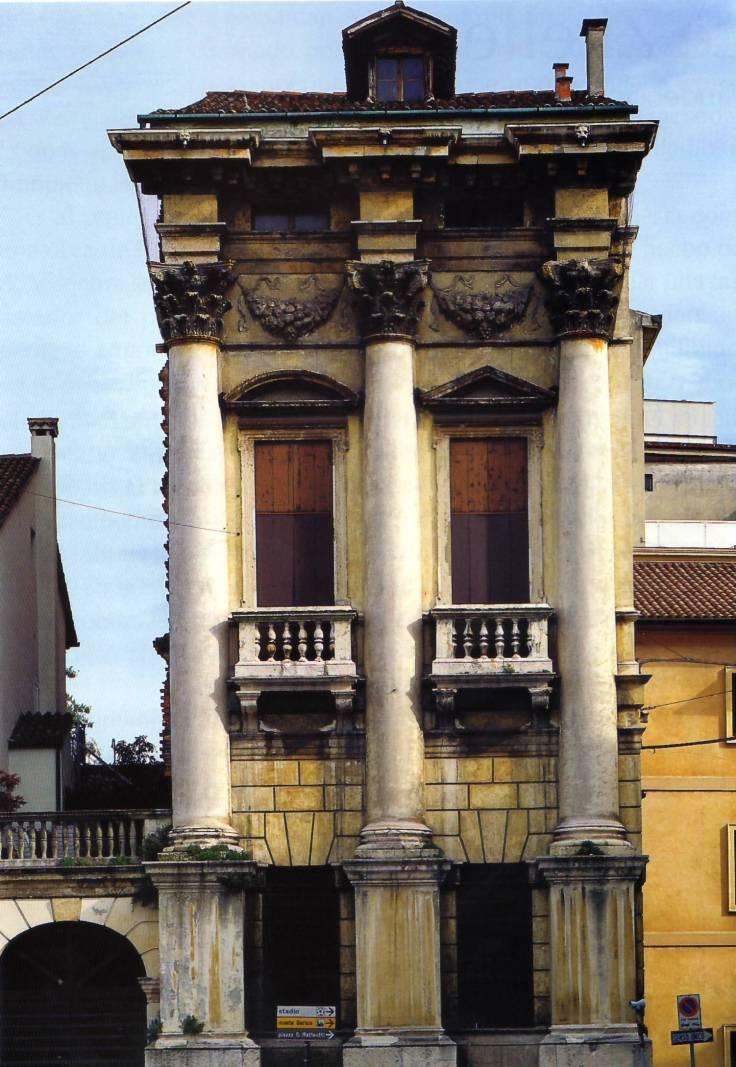 Palazzo Porto-Breganze (Vicenza) Piazza Castello