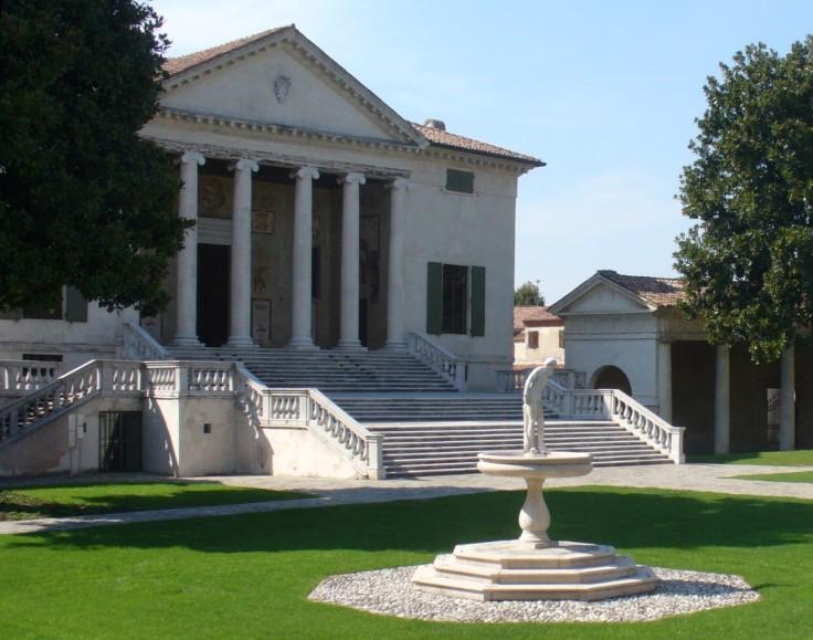 Villa_Badoer-Scalinata