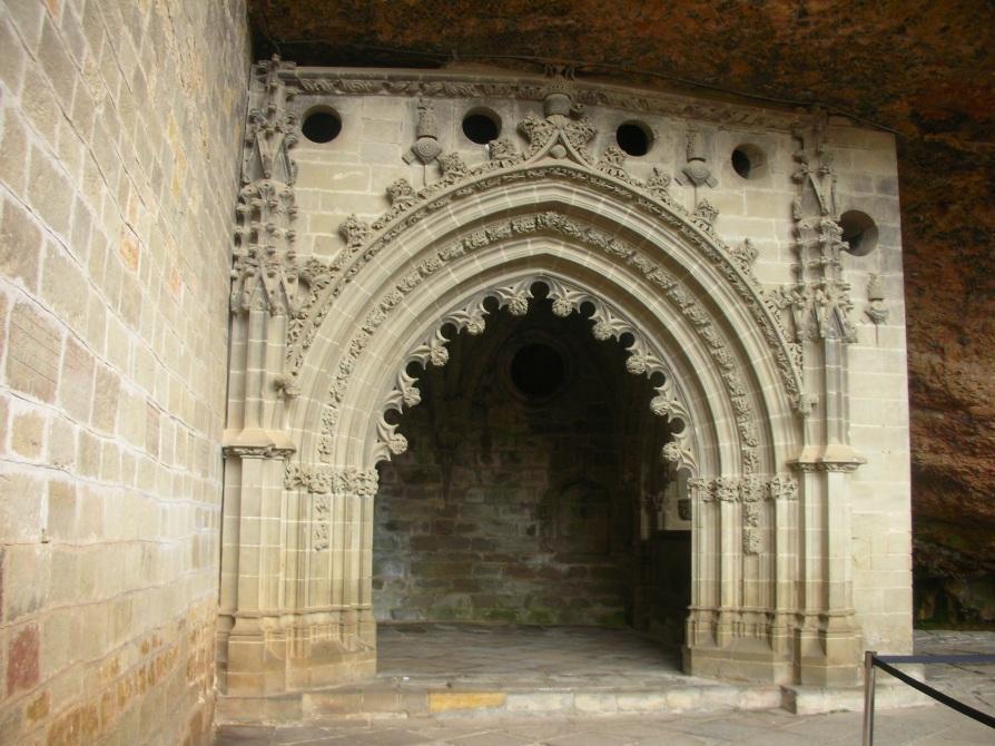 Arco gótico (Monasterio de San Juan de la Peña)