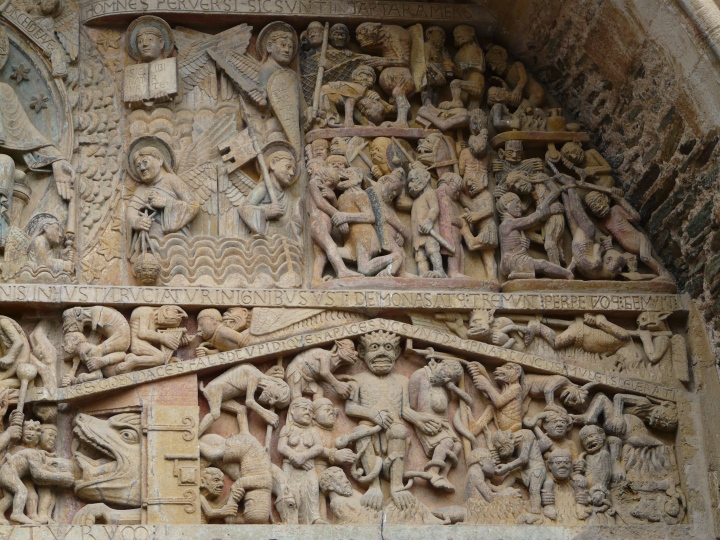 Detalle de la parte derecha del Tímpano de Santa Fe de Conques.