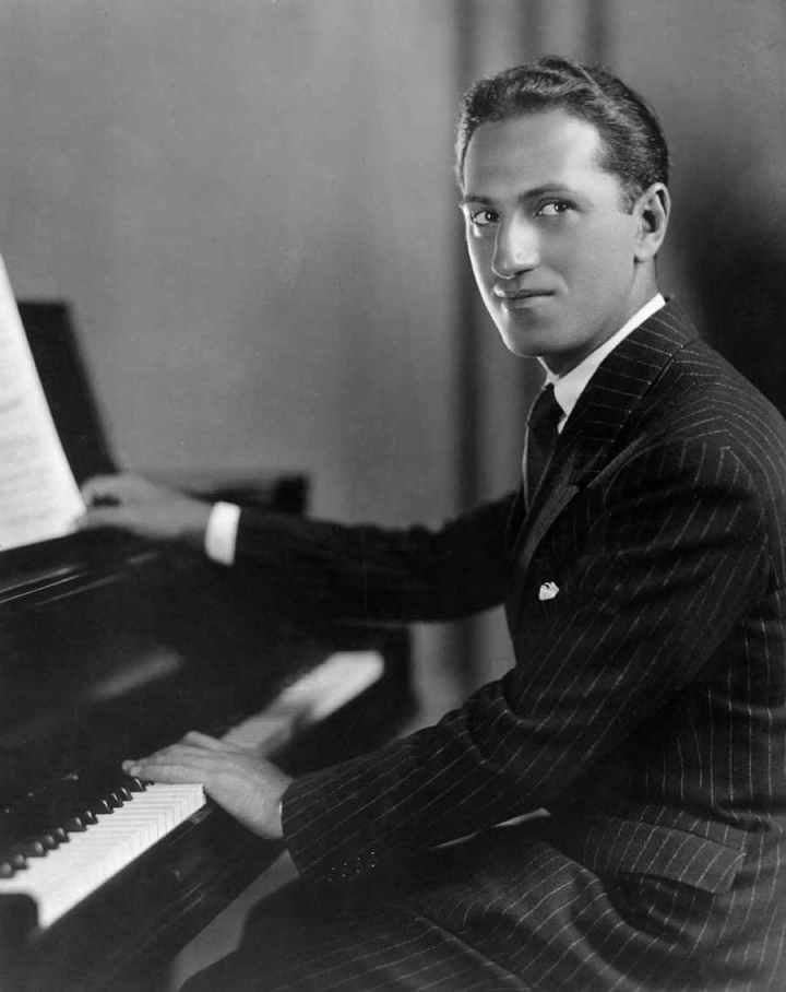GEORGE GERSHWIN, 26 de septiembre de 1898   Brooklyn, Nueva York, Nueva York, Estados Unidos de América, 11 de julio de 1937 (38 años)   Beverly Hills, California,Estados Unidos de América