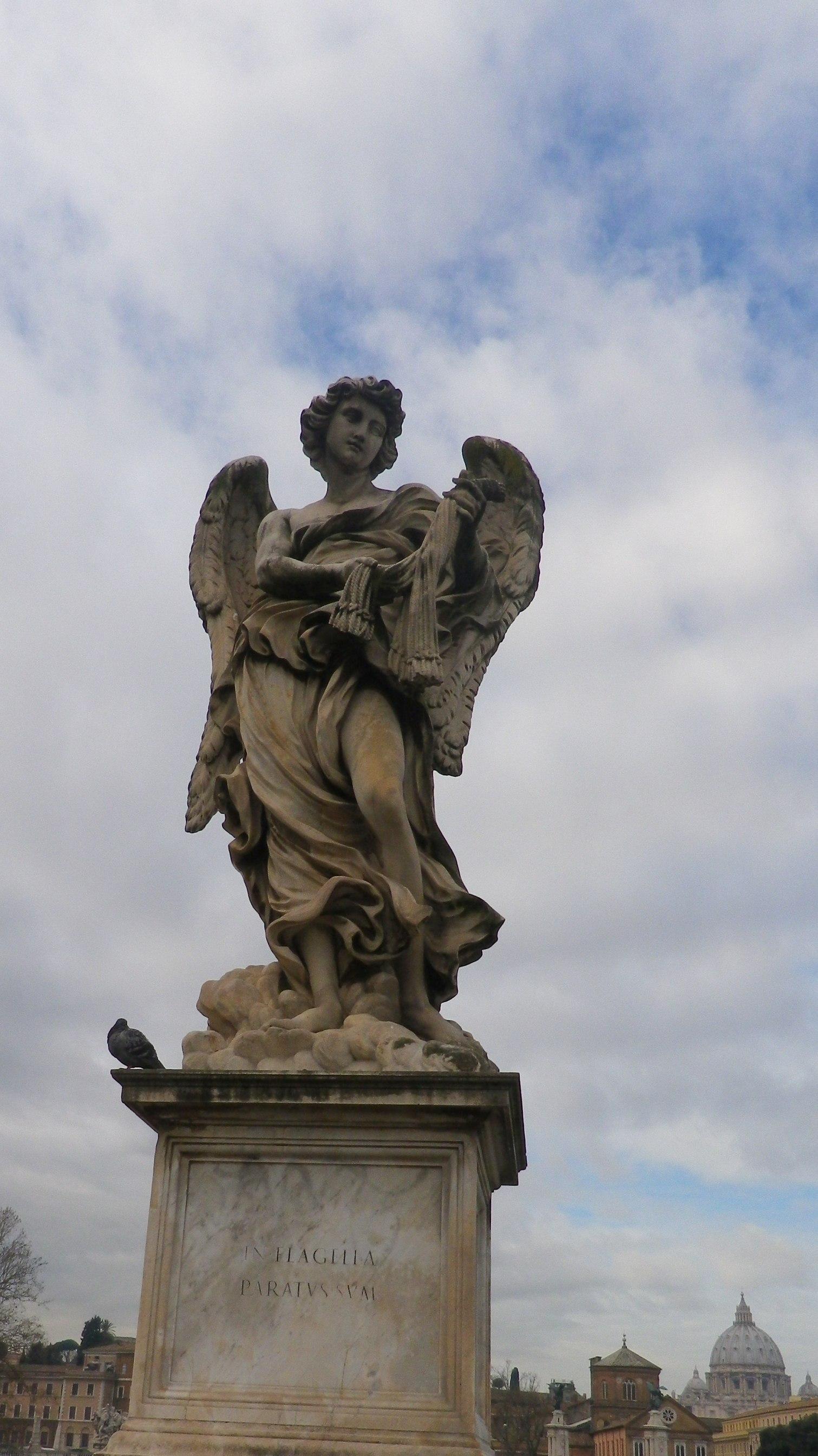 """Ángel con las fustas (Lazzaro Morelli, inscripción """"In flagella paratus sum"""")."""