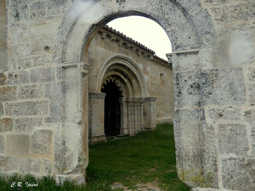 Iglesia de San Pedro en Villa Cadima.