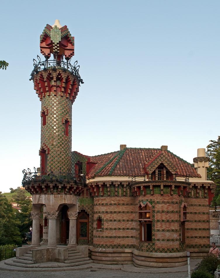 El Capricho (1883-1885) de Antonio Gaudí, en Comillas (Cantabria, España)