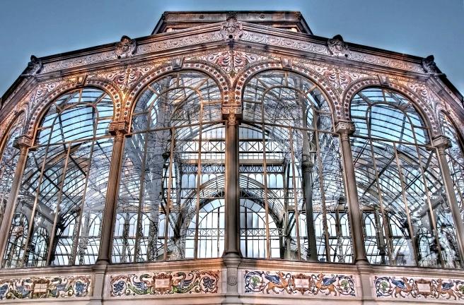 1280px-Palacio_de_Cristal_(Retiro,_Madrid)_08_tonemapped