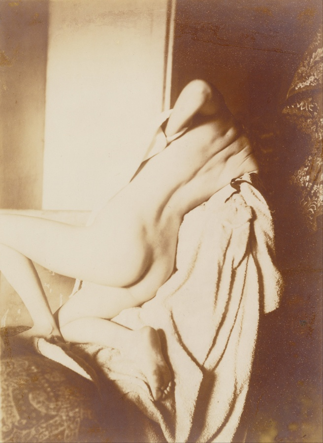 Edgar_Degas_-_After_the_Bath,_Woman_Drying_Her_Back_-_Google_Art_Project