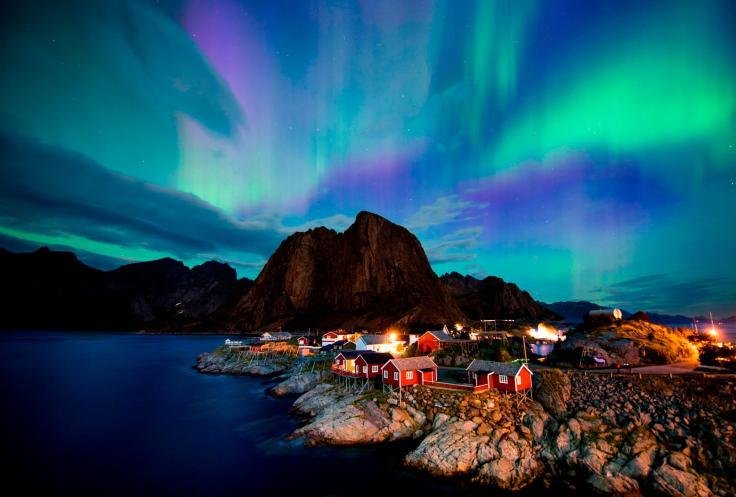 190322174114-aurora-borealis